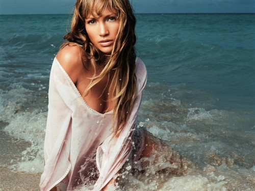 5 Beauty Tips for Beach Babes