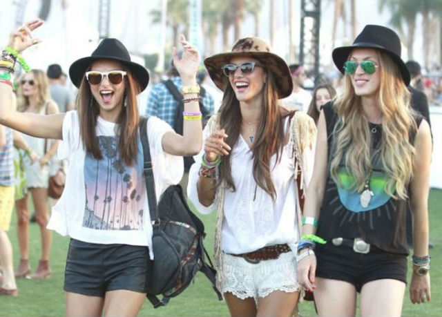 The Ultimate Coachella Packing List