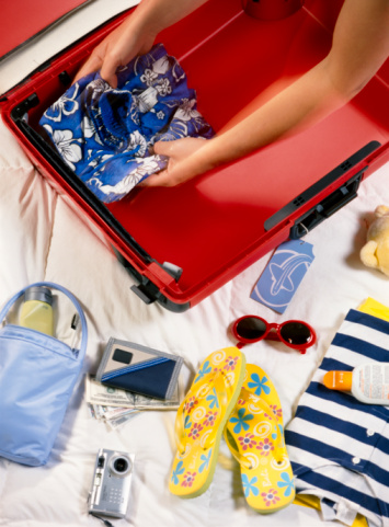 Lost Without It : 5 Vacation Essentials for Your Beach Holiday